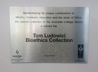 Tom Ludowici Bioethics Collection